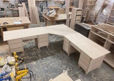 L shaped table